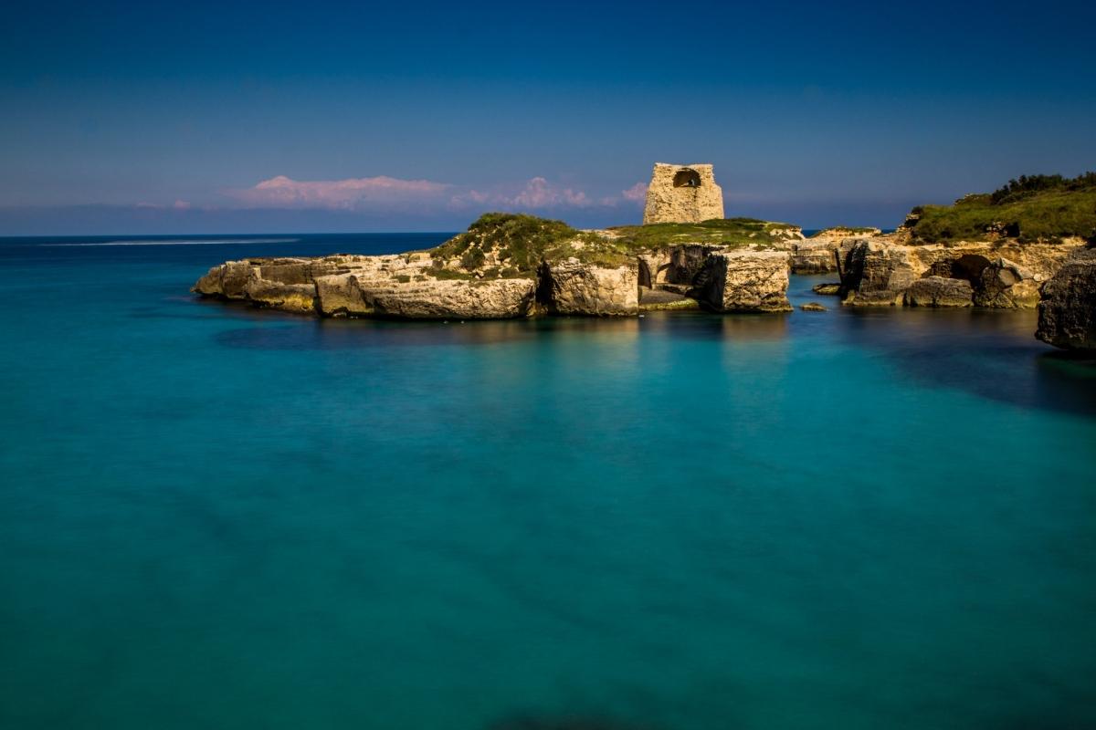 Roca Vecchia nel suo mare blu Melendugno (LE)