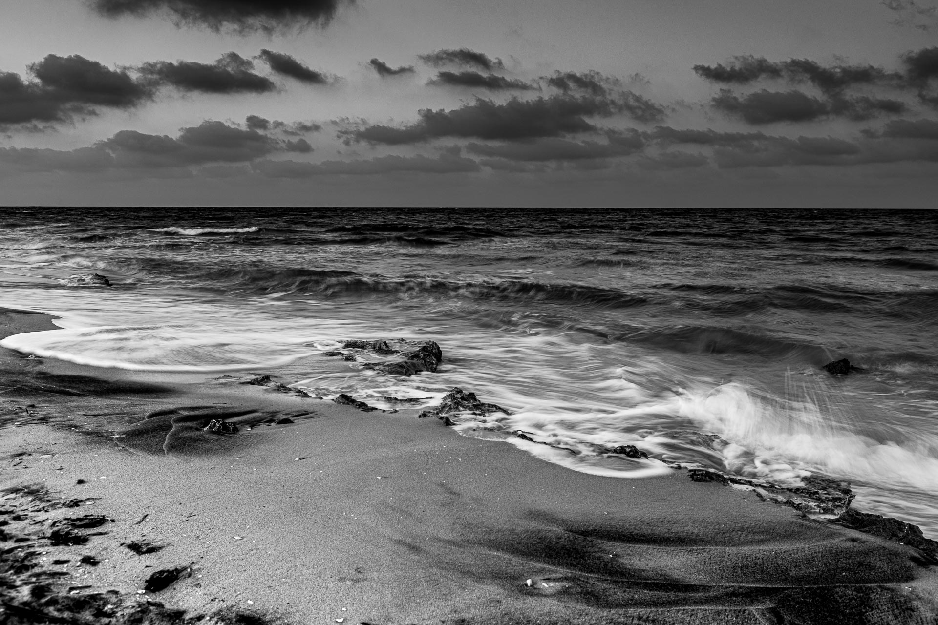 Mare d'inverno, black and white long exposure photography