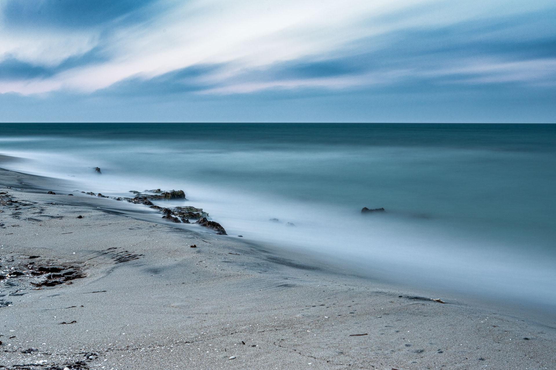 Il mare d'inverno, seascape long exposure photography