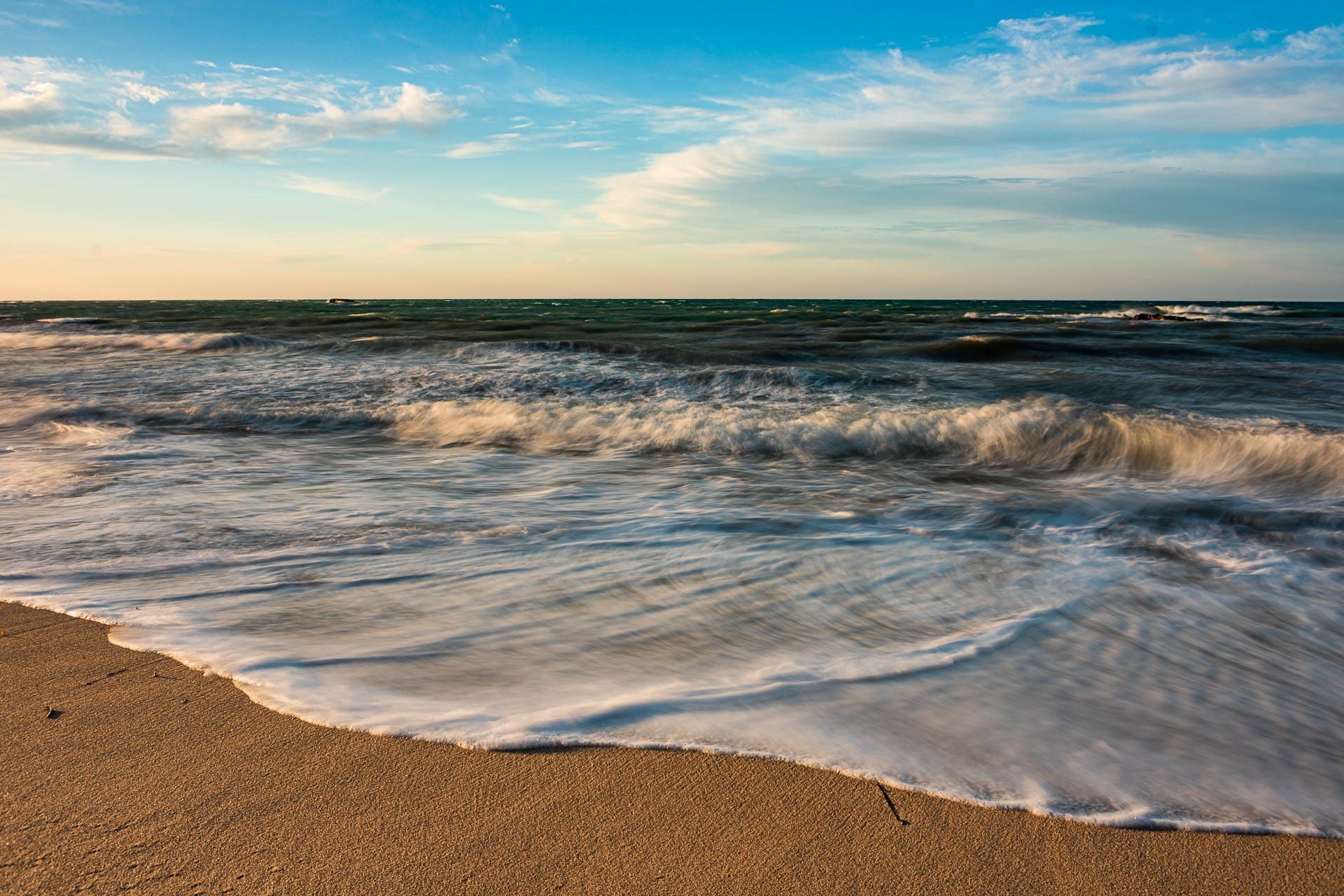 Onde come un velo di sposa, seascape long exposure photography